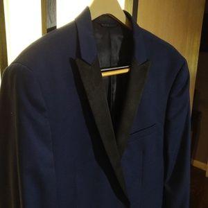 Dark Blue tuxedo. Midnight Blue, Peak Lapel Tuxedo